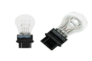 Read more about the article 3057 vs 3157 [Difference Between 3057 and 3157 Bulbs]